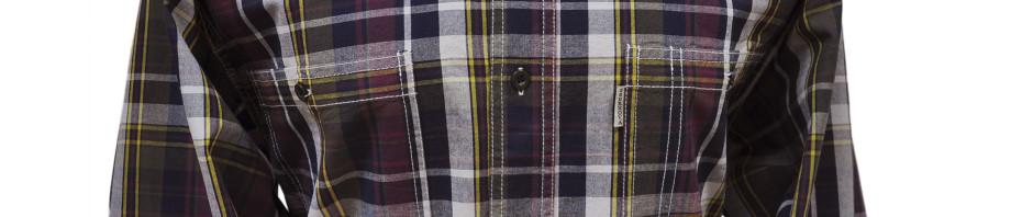 Мужская рубашка в крупную клетку бордово серого цвета с желтой полосой.