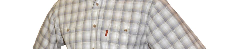 Рубашка с коротким рукавом в бело-серо-бежевую среднюю клетку.