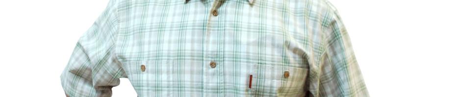 Мужская рубашка с коротким рукавом в крупную салатневую клетку.