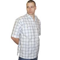 Мужская рубашка с коротким рукавом в бело-серую голубую клетку.