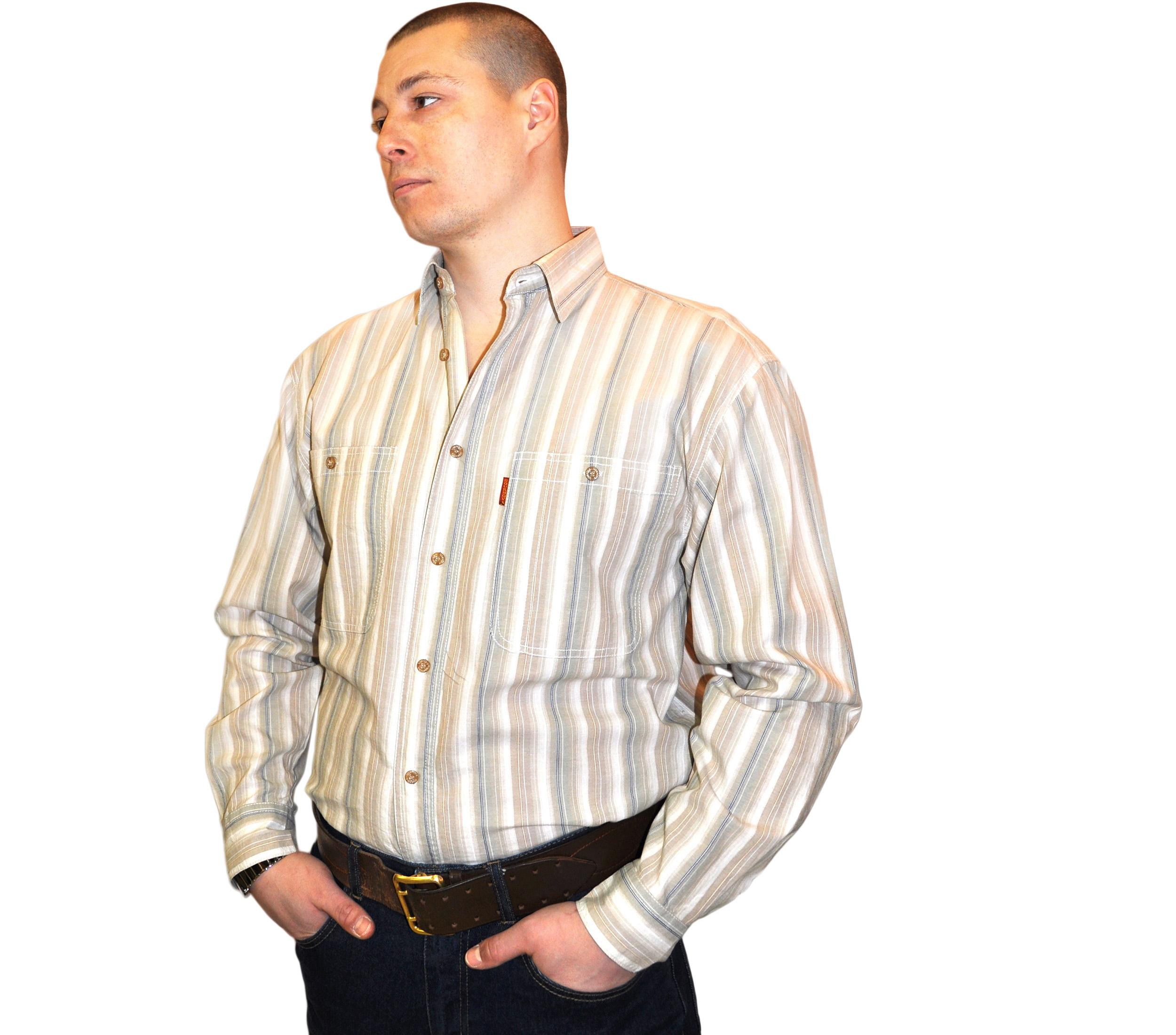Мужская рубашка с длинным рукавом в тонкую бежевую полоску. Размер
