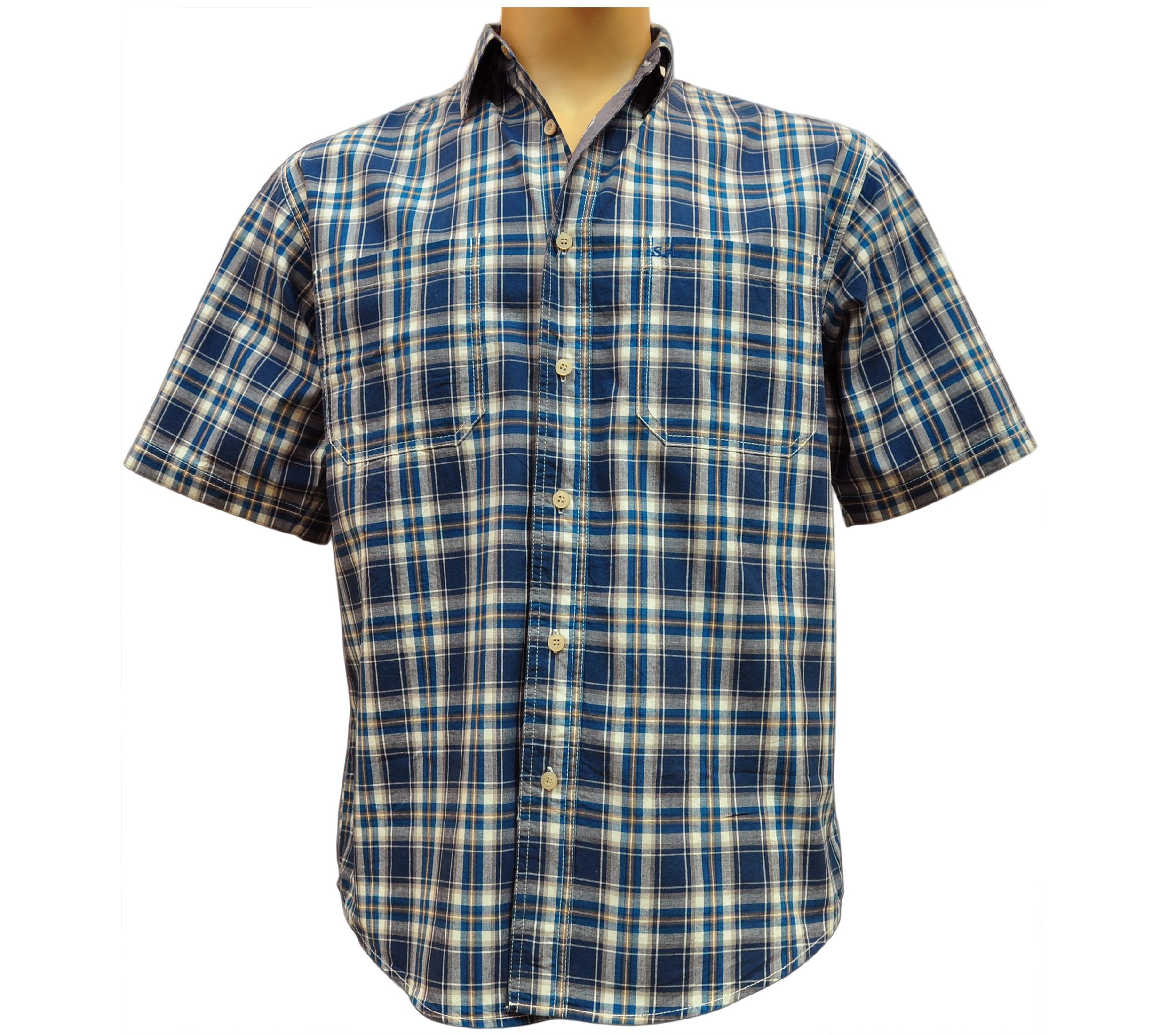 Мужская рубашка в среднюю знелено-белого цвета клетку