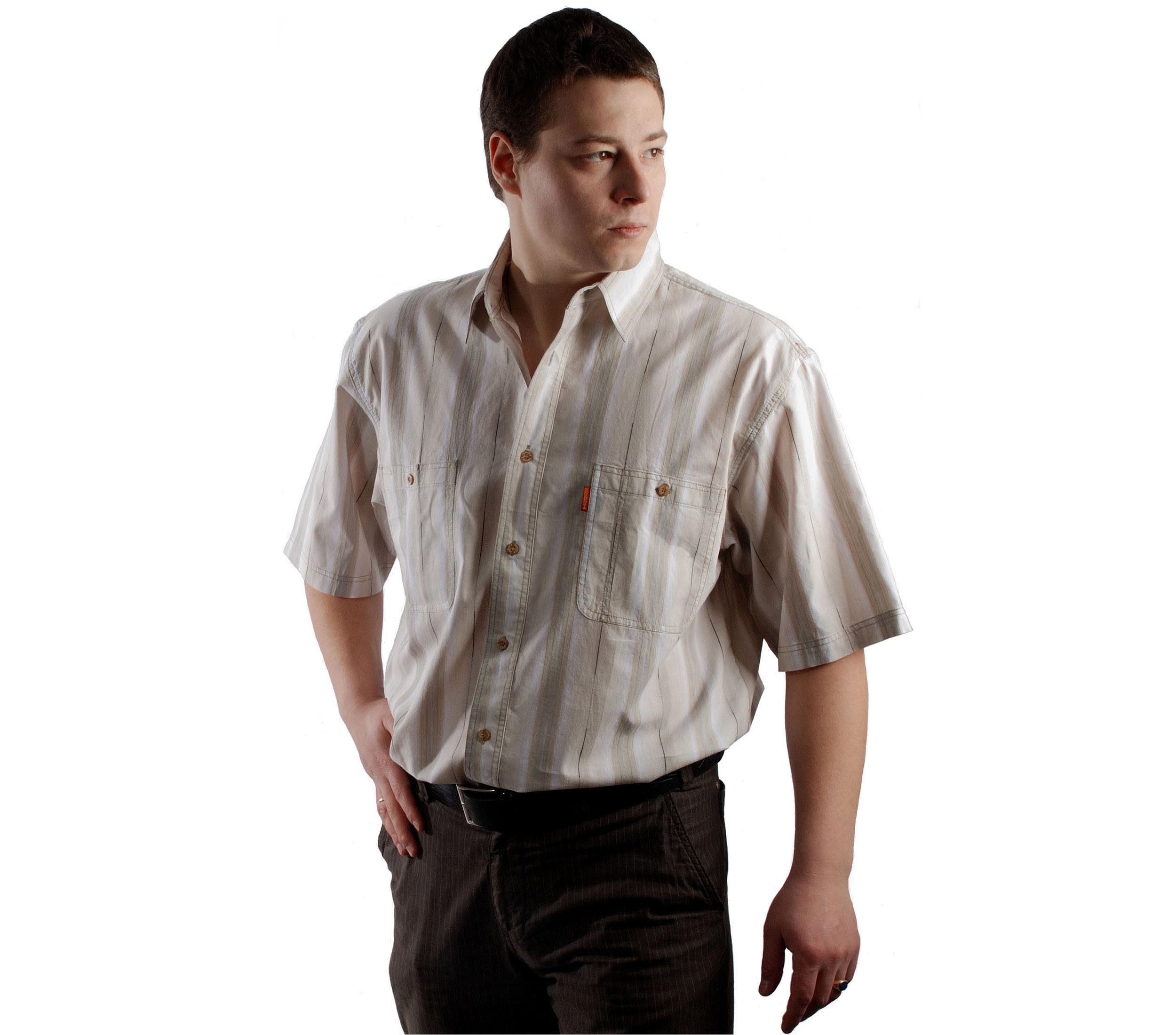 Мужская рубашка с коротким рукавом крупная светло бежерая полоса