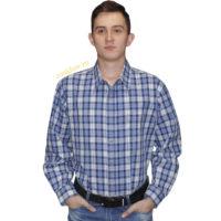 Рубашка из 100% хлопка. Джинсовая модель свободного кроя с двумя карманами на пуговицах. Рубашка в среднюю синюю клетку на светло сером с красной полосой фоне.
