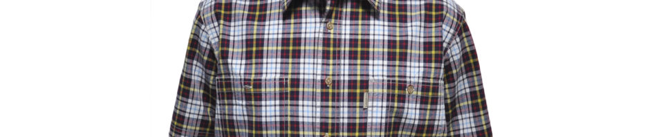 Мужская рубашка в крупную бордово-желтую клетку. Модель свободного кроя с двумя большими карманами. Толщина материи 32.