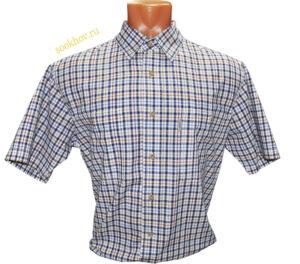 Мужская рубашка с коротким рукавом в мелкую сине оранжевую клетку.Модель свободного кроя с двумя большими карманами.